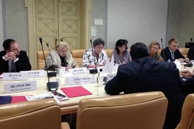 В Общественной палате обсудили вопросы адаптации соотечественников.