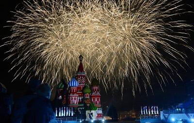 Москва отметит День Победы рекордным салютом!