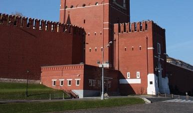 Ворота Спасской башни открылись для туристов