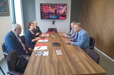 В Сербии подписан договор с РТВ Воеводины о реализации телепрограммы на русском языке.